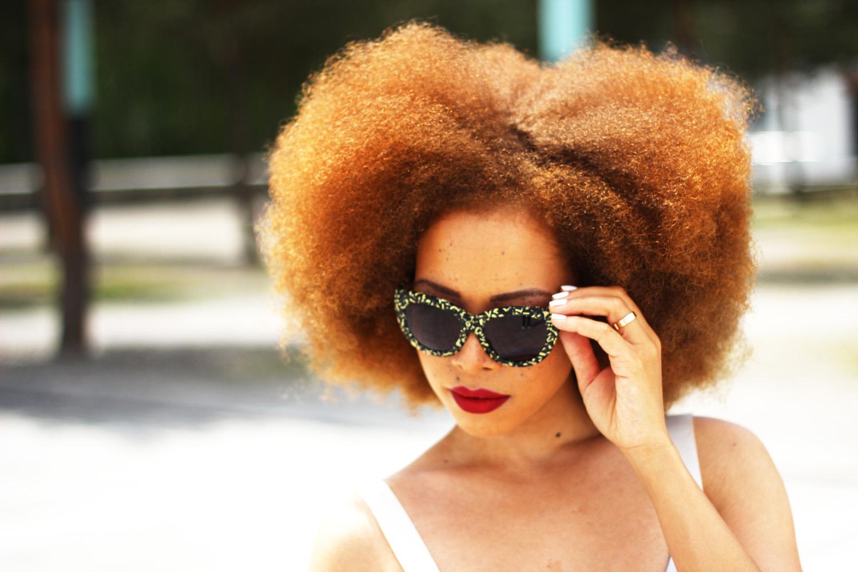 fatimayarie-afro-redcurls-naturalhairblogger-sunglasses-img_7167