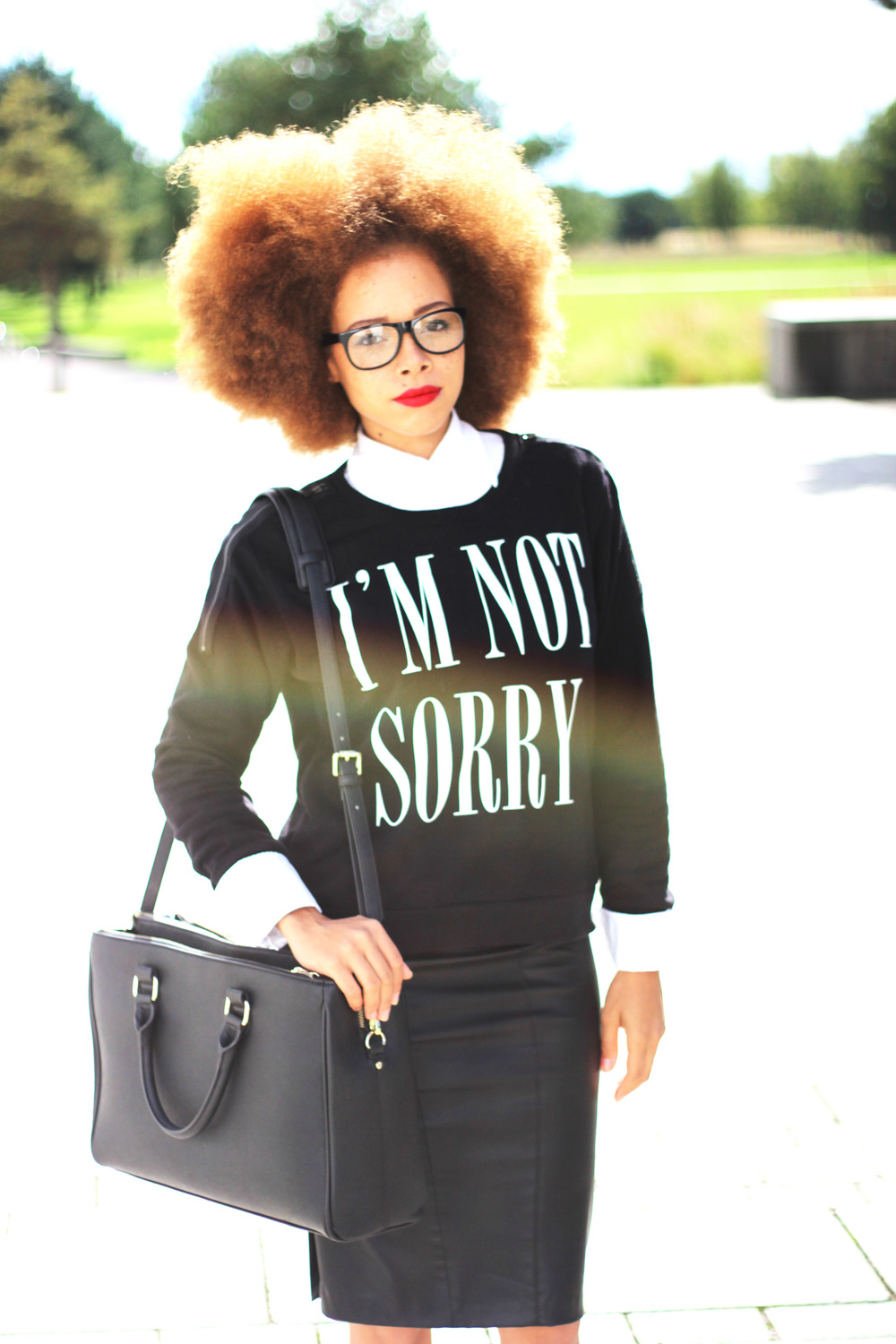 fatimayarie-afro-redhair-blacksweater-print-midiskirt-glasses-img_2412