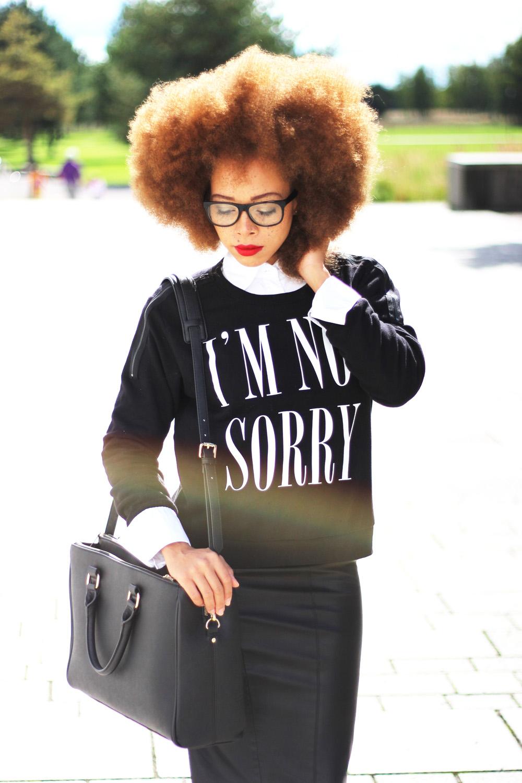 fatimayarie-afro-redhair-blacksweater-print-midiskirt-glasses-img_2422