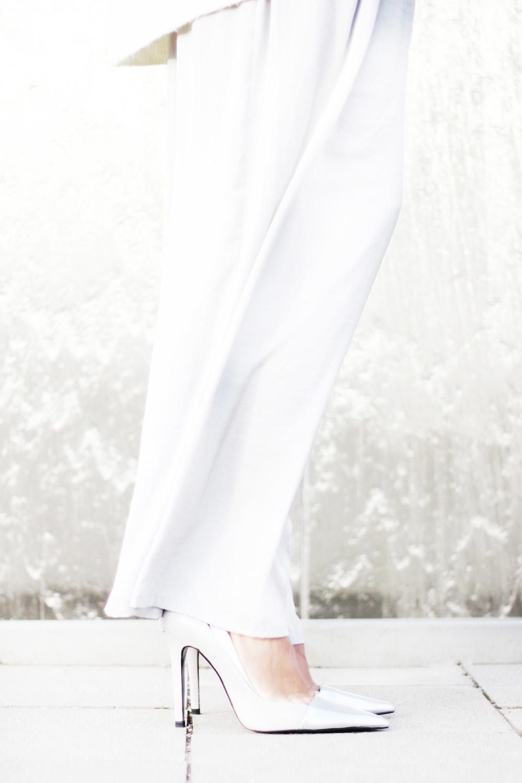 fatimayarie-culottes-silver-marlenepants-pointtoeheels-img_3548