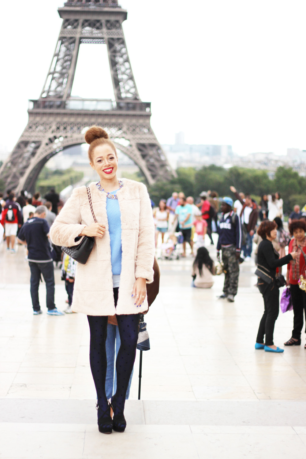 fatimayarie-fauxfur-coat-paris-toureiffel-chanel-calzedonia-img_0514