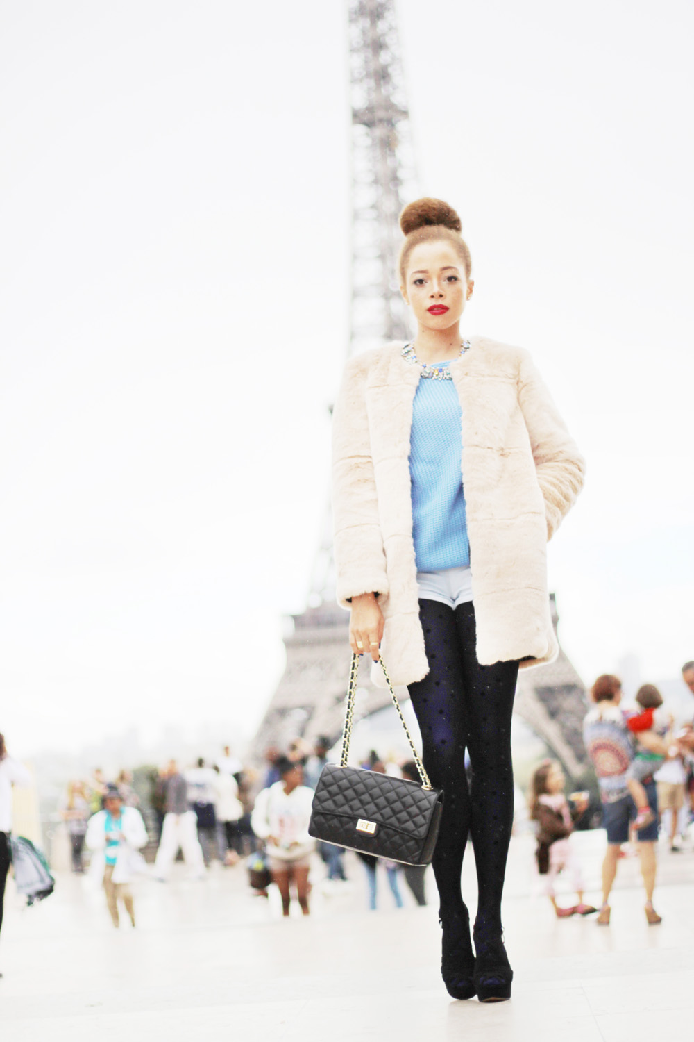 fatimayarie-fauxfur-coat-paris-toureiffel-chanel-calzedonia-img_0585