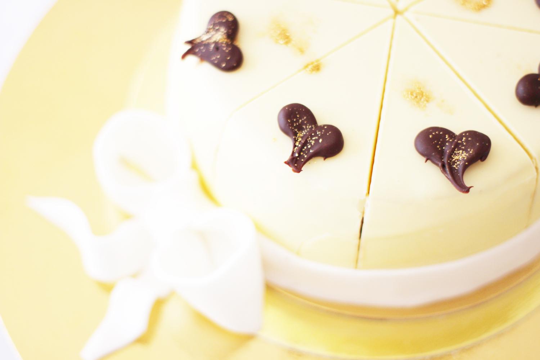 fatimayarie-homedecor-white-flowers-dinner-party-fashionblog-img_1357