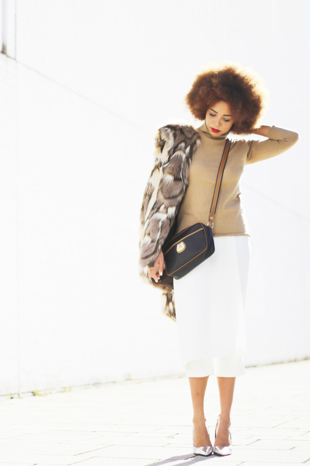 fatimayarie-lancel-bag-camel-sweater-fakefurvest-culottes-img_4283
