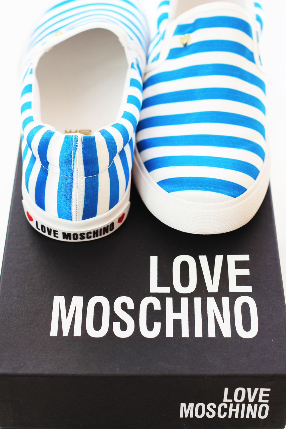 fatimayarie-moschino-slipper-stripes-fashionblog-img_3179