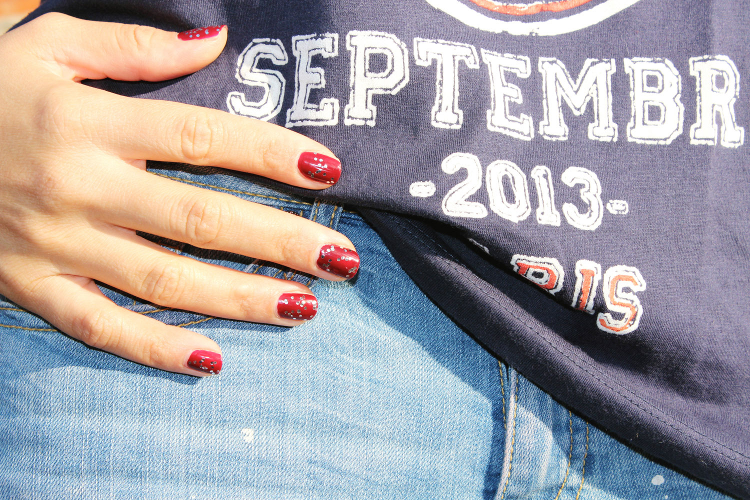 fatimayarie-nailpolish-essienails-sallyhansen-opi-nails-rednails-vogue-fashionista-img_2995
