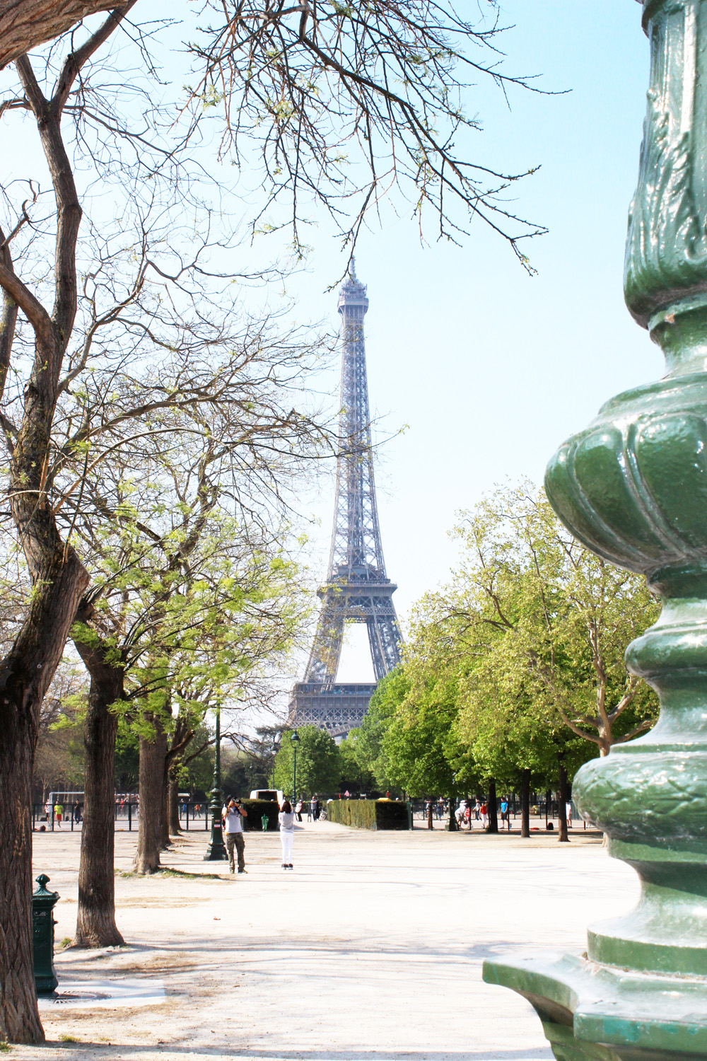 fatimayarie-paris-eiffeltower-toureiffel-champsdemars-sightseeing-img_3216