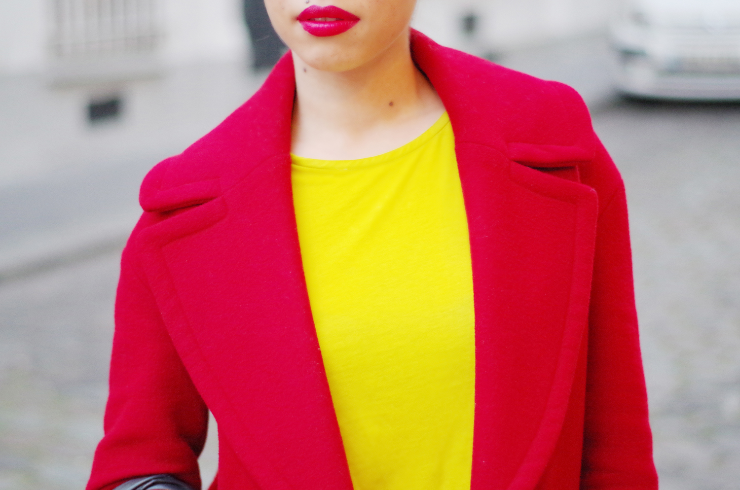 fatimayarie-redcoat-yellow-croptop-parisblogger-redlips-imgp0053