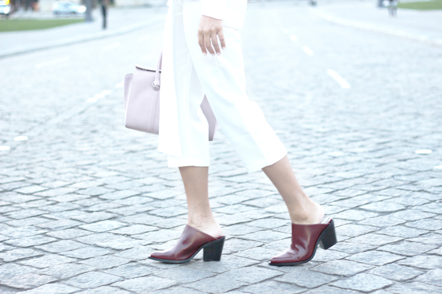 fatimayarie-white-culottes-mules-bordeaux-slipins-rose-bag-img_1556