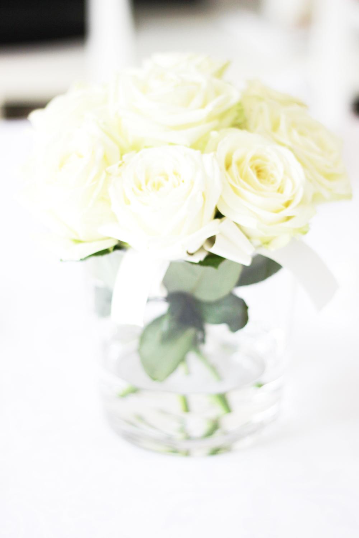 fatimayarie-white-flowers-homedecor-dinner-party-fashionblog-img_1331