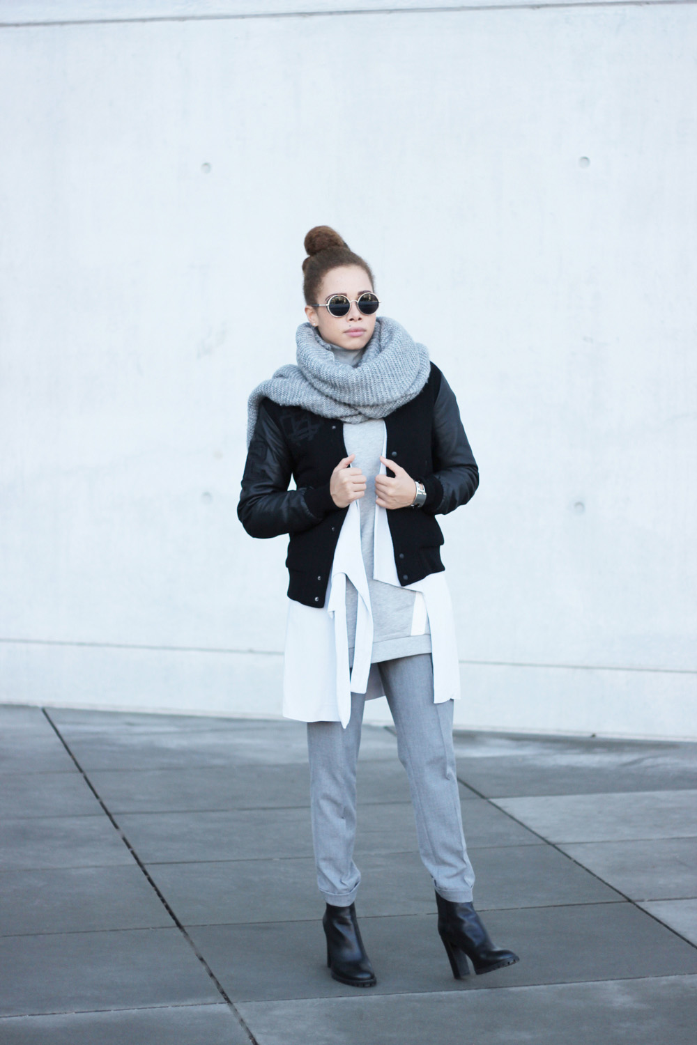 fatimayarie-grey-bomberjacket-vest-collegesweater-retroglasses-img_6229