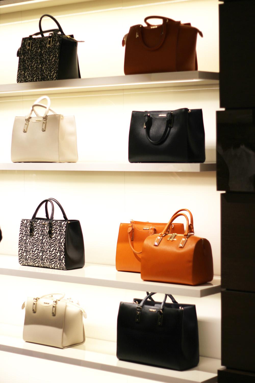 fatimayarie-hugoboss-designerstore-munich-bags-leatherbags-img_6112