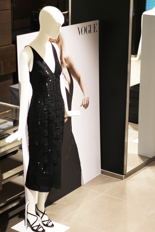 fatimayarie-vogue-jasonwu-boss-blackgown-littleblackdress-munich-img_6114