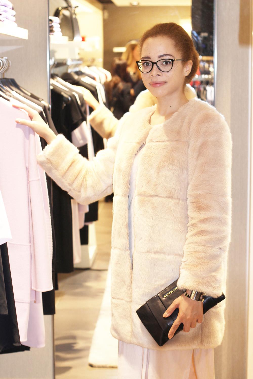 fatimayarie-vogue-jasonwu-boss-rose-fauxfurcoat-versace-glasses-img_6012