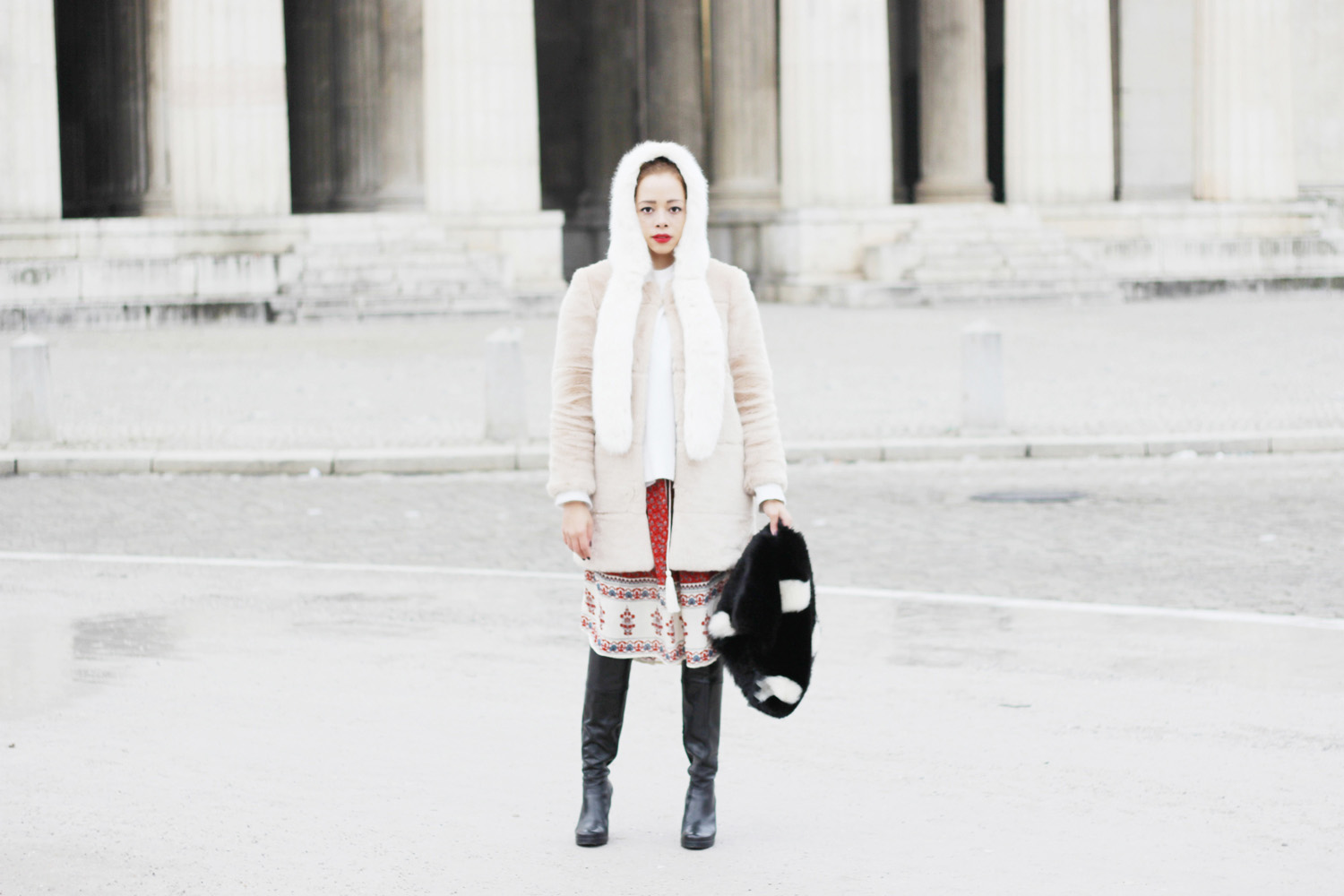 fatimayarie-white-fauxfur-cap-rose-coat-reddress-leatherboots-img_7005