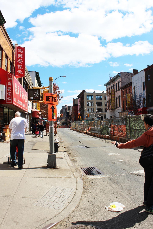 fatimayarie-newyorkcity-chinatown-streets-bluesky-clouds-fashionblog-img_7792