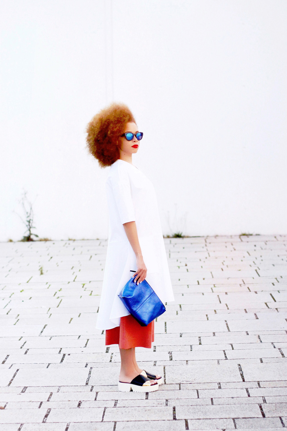 fatimayarie-afro-redcurls-white-shirtdress-copper-culottes-clogs-img_9395