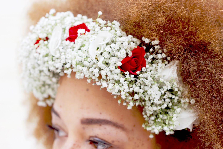fatimayarie-afro-redcurls-floralwreath-hashmagbloggerlounge-flowers-miflora-img_0365