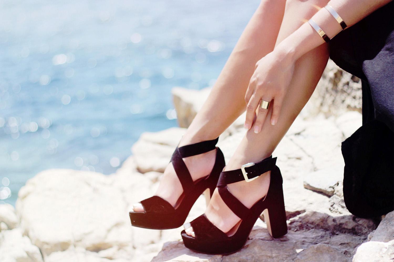 fatimayarie-mallorca-beach-black-plateau-highheels-styleblog-img_2513