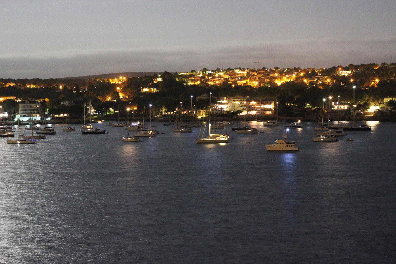 fatimayarie-mallorca-santaponsa-night-yachtport-beach-img_0620