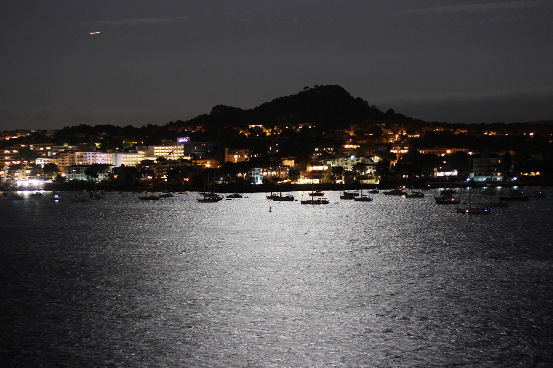 fatimayarie-mallorca-santaponsa-night-yachtport-beach-img_0623