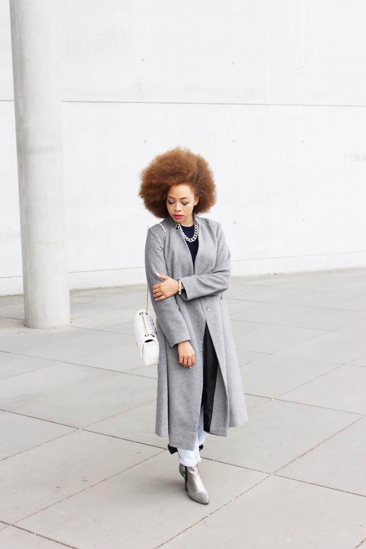 fatimayarie-grey-maxicoat-afro-redcurls-fashionblogger-img_3525