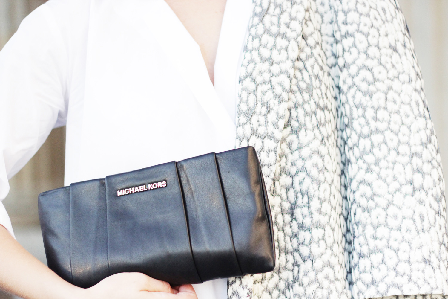 fatimayarie-michaelkors-leather-clutch-whiteblouse-patternedblazer-bfw-img_2463