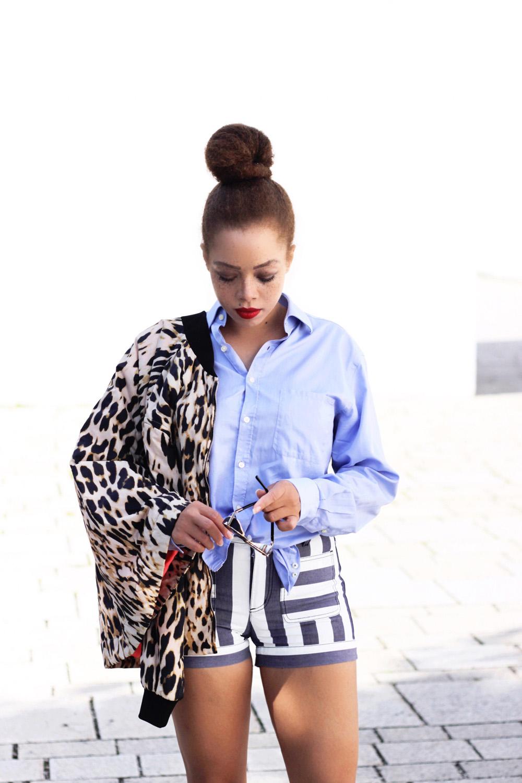 fatimayarie-seebychloe-chloe-shorts-striped-soniarykiel-leojacket-blueblouse-bun-naturalhair-streetstyle-img_3938