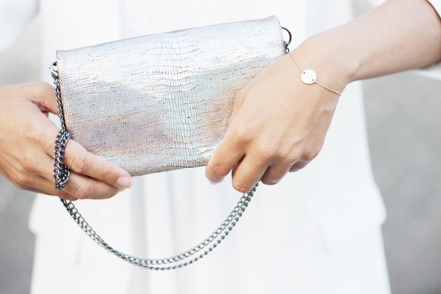 fatimayarie-clutch-silver-franca-euphoria-fashion-accessories-bracelet-hm-img_9535