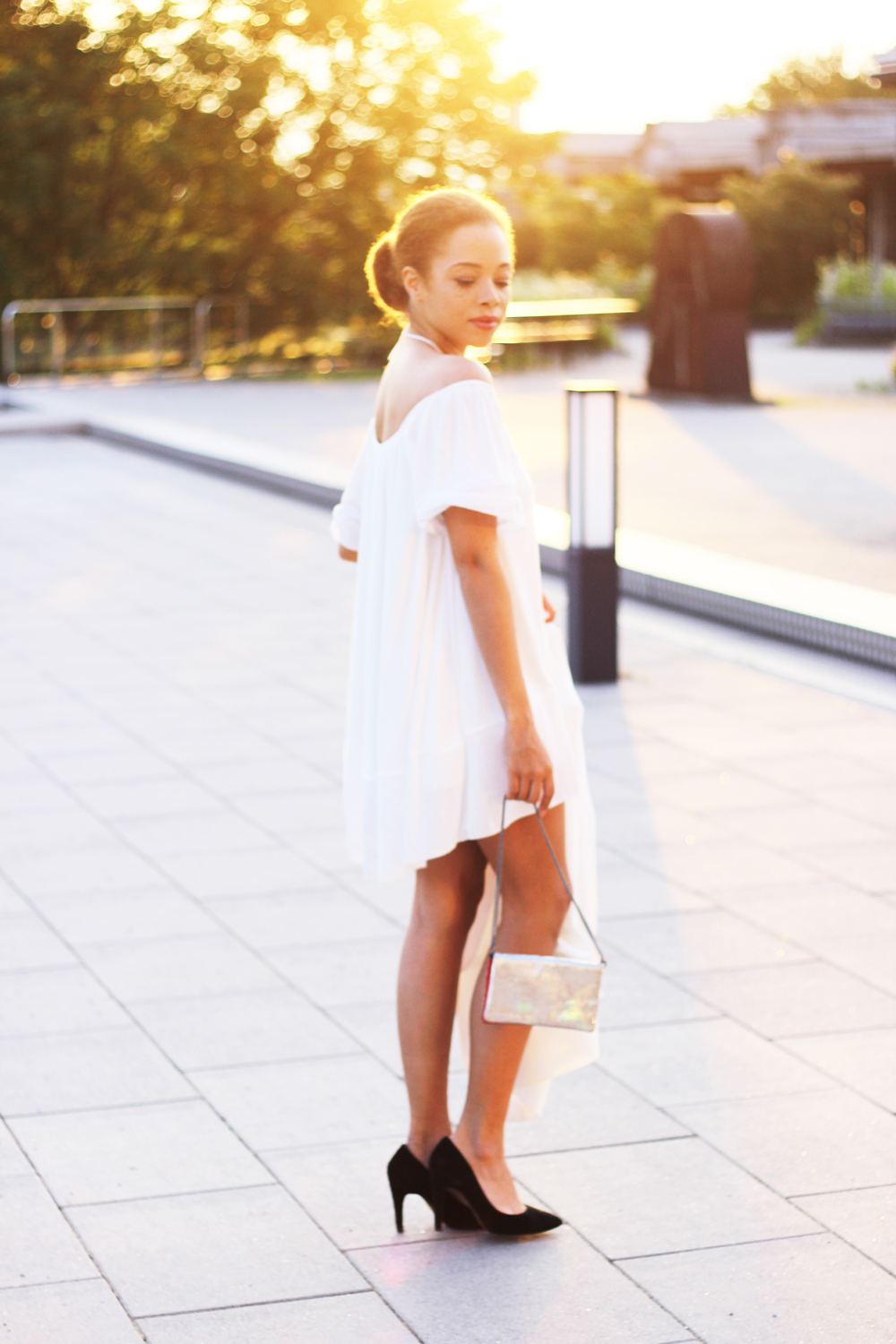 fatimayarie-fashionblogger-offshoulderdress-zara-whitedress-dinnerlook-clutch-sunset-img_9847
