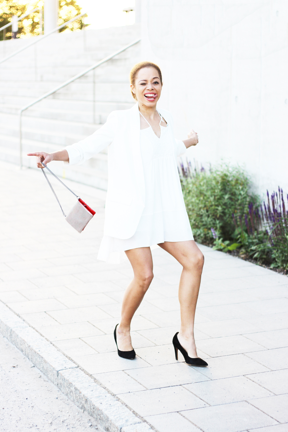 fatimayarie-funnyface-zara-whiteblazer-whitedress-franca-clutch-img_9600